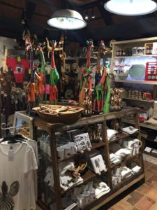 Here you will find a range of unique and quirky souvenirs to remember your Tshokwane adventure.